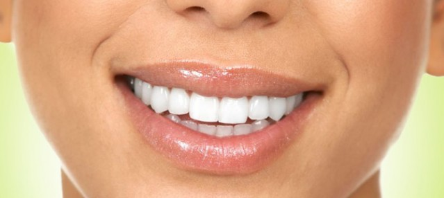 Dişlerinize Zarar Veren 15 Kötü Alışkanlık